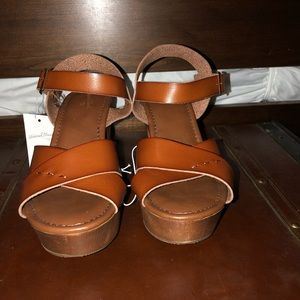 Platform sandal...NWT